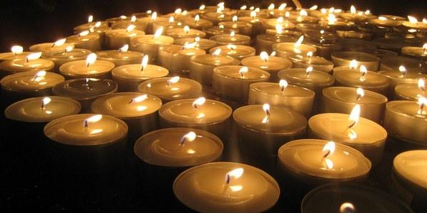 Encesa d'espelmes