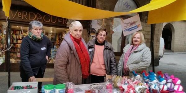 L'Associació Fènix recapta 1420 euros per la Marató de TV3 a la fira del tió de Solsona